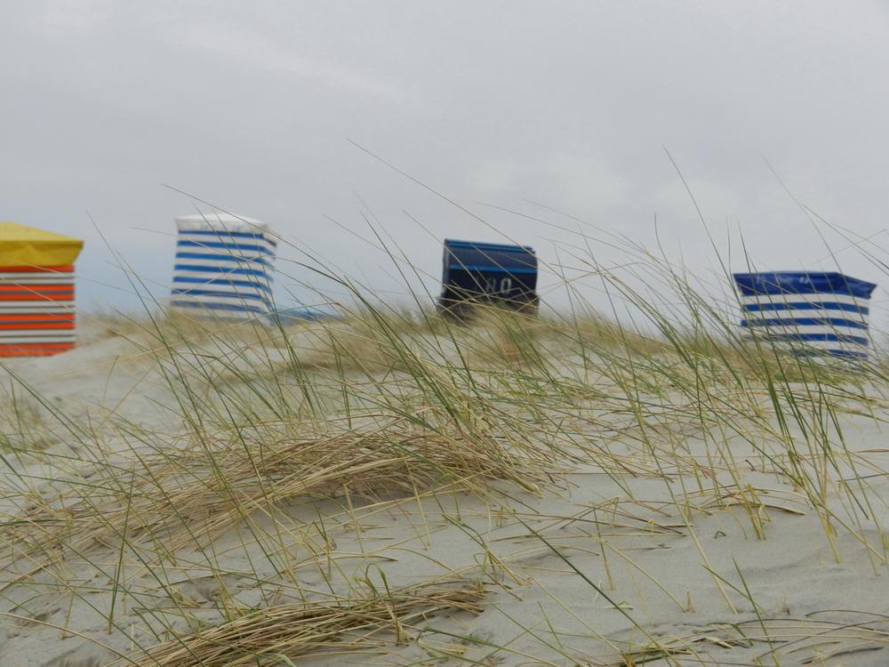 Strandkörbe am Borkumer Südstrand