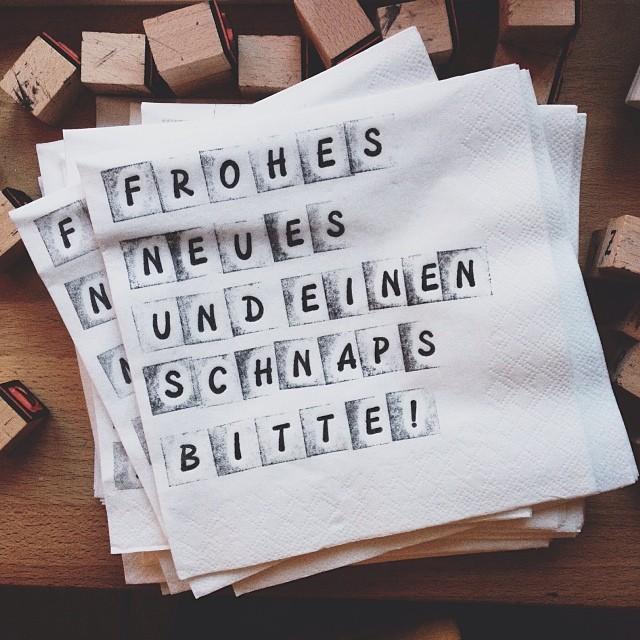 """""""Frohes Neues!"""" - Bild von leashalbvoll bei Instagram / Statigram"""