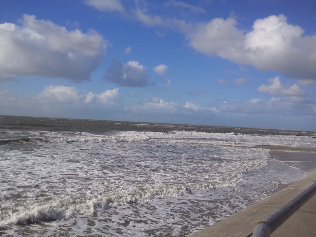 Der Strand, das Meer, die Wellen, die unendliche Weite