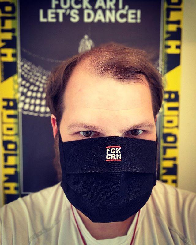 #fckcrn - Danke an @kuttenmanufaktur.rocks für die schnelle Lieferung